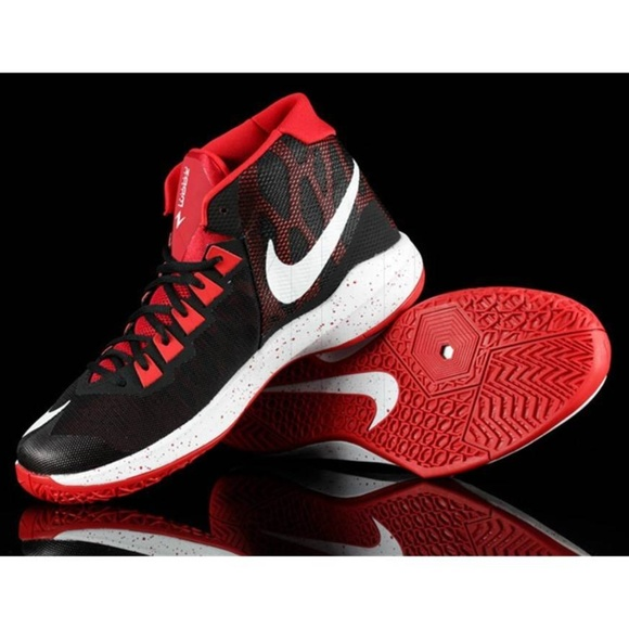 3a202c73b6dc Nike Men s Zoom Devosion Basketball Training